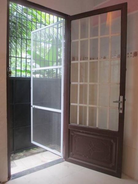 cửa lưới chống muỗi - chống côn trùng dạng mở quay cửa đi, cửa sổ