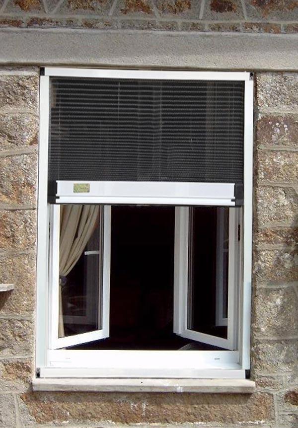 cửa lưới chống muỗi dạng xếp 1 cánh cửa sổ