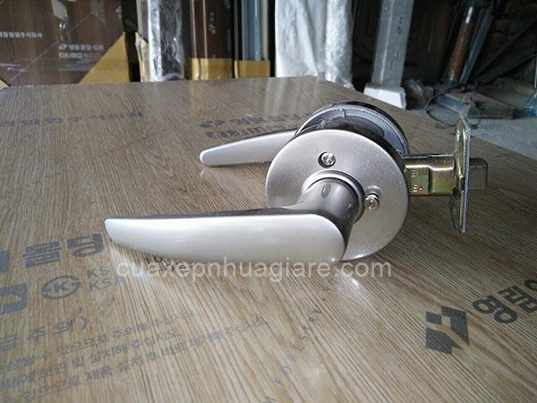 khóa cửa nhựa giả gỗ abs hàn quốc