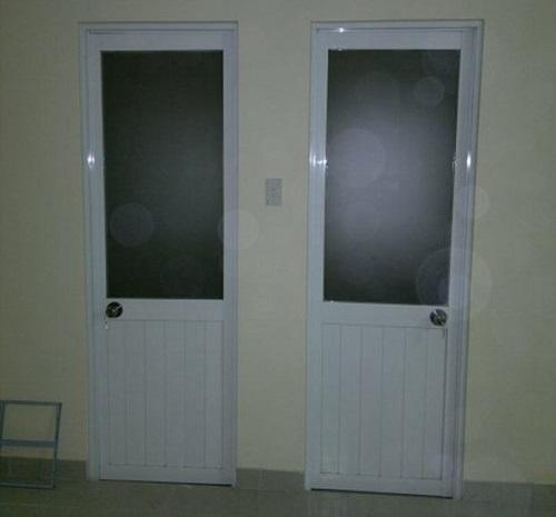cửa nhôm kính giá rẻ - cửa nhôm cỏ
