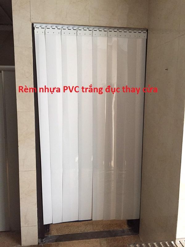 rèm nhựa pvc cửa nhà vệ sinh giá rẻ