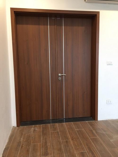 mẫu cửa composite cho cửa chính nhà chung cư