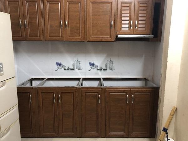 chuyên thi công lắp đặt tủ bếp nhôm kính giá rẻ