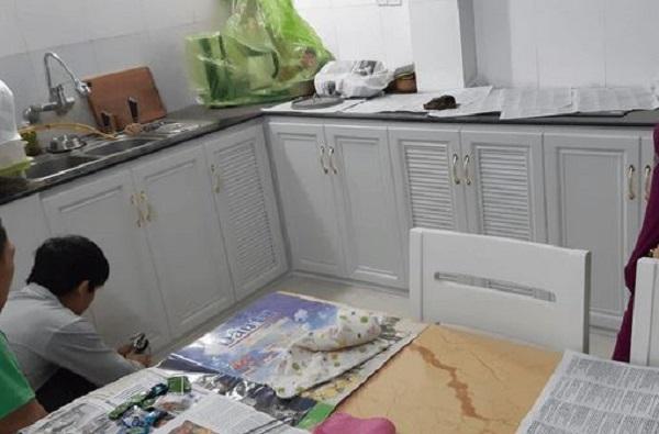 tủ bếp nhôm hệ omega màu trắng đẹp