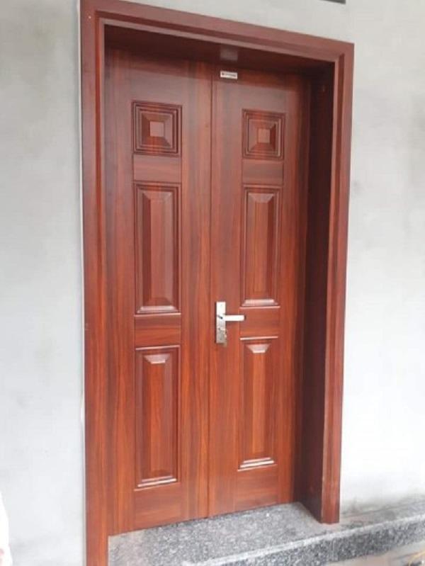 cửa thép vân gỗ 2 cánh đều