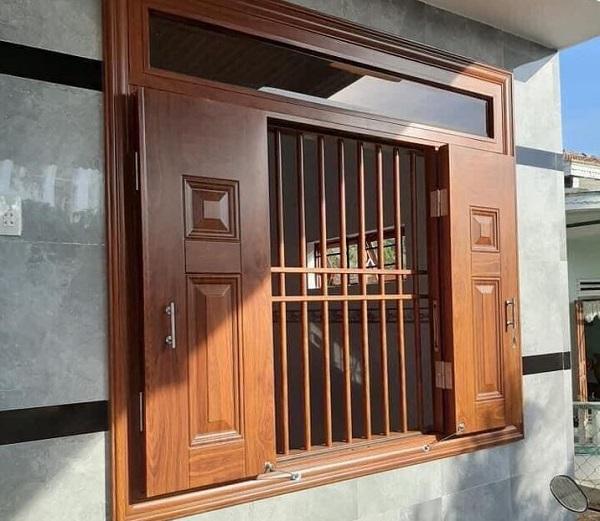 cửa thép vân gỗ 4 cánh cho cửa sổ