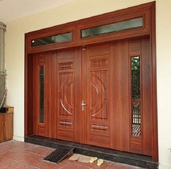 cửa thép vân gỗ 4 cánh lệch